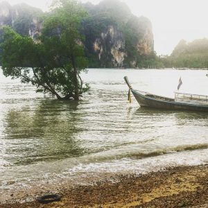 Happy Sunday amazingthailand visitthailand travelblog travelblogger railaybeach railay longboat seahellip